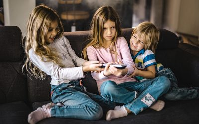The 3 reasons siblings compete for your attention and what you can do